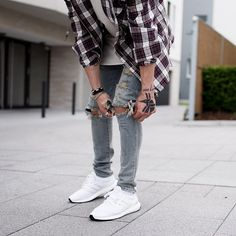 Flannel season. Adidas ultra boost white on white. With ripped jeans.