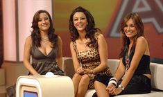 TV2 online közvetítése élőben Superman, Film, Tv, Formal Dresses, Fashion, Movie, Dresses For Formal, Moda, Film Stock