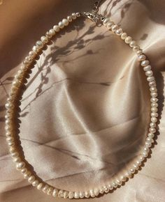 """@empejewelry on Instagram: """"These pearls are meant to shine✨Have a lovely week💛 #empejewelry#custom#pearls"""" Meant To Be, Hoop Earrings, Pearls, Instagram, Jewelry, Jewlery, Jewels, Beads, Jewerly"""