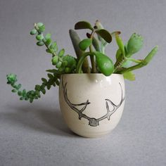 Clay Planter Antler