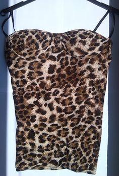 Top con tirantes finos de leopardo