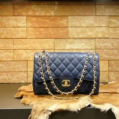 Chanel handbag karmen (blue) caviar