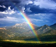 I love rainbow since young... It reminds me of my happy and free childhood...