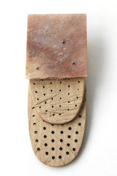 Ulla Ahola | Brooch #5 from the series TO REMEMBER (NOT) TO FORGET  Brooch | 2014 | Aventure, wood, silver