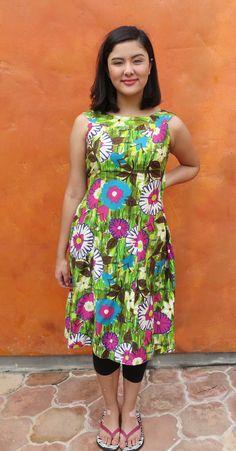 Vintage 1960s Hawaiian Floral Hourglass Dress. Back Train. Tiki Party Luau. Small by SweetPickinsShop