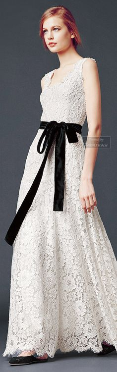 Dolce Gabbana - Collection Fall Winter 2014 2015. http://es.pinterest.com/meriyay/fashion-dresses/ Beautifuls.com Members VIP Fashion Club 40-80% Off Luxury Fashion Brands
