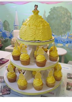 Cake/cupcake Princess Belle