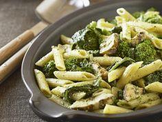 Pasta mit Broccoli-Pilz-Sauce - smarter - Zeit: 30 Min. | eatsmarter.de