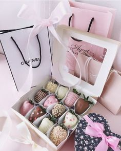 Show your love and surprise her with these beautiful gifts. Christmas gift sets for her. Valentine Gifts, Valentines Day, Valentines Surprise, Surprises For Her, Romantic Surprise, Strawberry Dip, Chocolate Covered Strawberries, Shopping Hacks, Hot Chocolate
