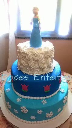 Bolo Frozen (Princesa Elsa) Encomendas e orçamentos:(21) 2652-6583 ou selmadocesenfeites@yahoo.com.br - veja também: docesenfeites.blogspot.com