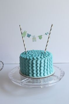 Baby Shower Cake with clothes line bunting