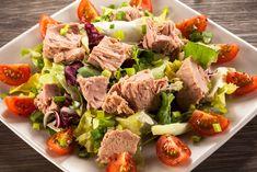Ensalada de atún con lechuga, ¡perfecta para el verano!  #ensaladas #atun #ensaladadeatun #ensaladadeatunconlechuga #platsveraniegos #recetasveraniegas #recetasdeensalada