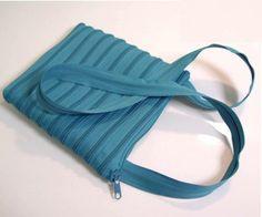 """Reißverschlusstasche """"Macht... Spaß :-)"""" PETROL / von ideenreich-berlin auf DaWanda.com"""