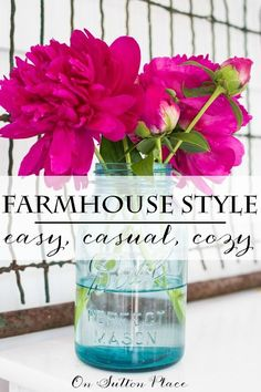 Farmhouse Style Made Easy | inspiration and ideas for adding touches of farmhouse style to your decor. Gives easy to follow examples of how to accessorize without breaking the bank! #spon