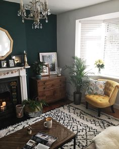 Where I like to live Warm, medium-light wooden floor; Turquoise walls replace chimneys and neutral t Living Room Inspo, Decor, Light Wooden Floor, Living Room Designs, Living Room Color, Living Decor, Home Decor, House Interior, Room Decor
