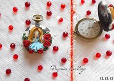 clock inspired  alice wonderland by PrigionieradiunSogno.deviantart.com on @DeviantArt