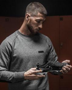 Presentadas las nuevas botas de Sergio Ramos