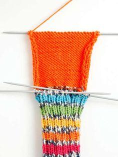 Villasukan kantapää – kolme ohjetta - Yhteishyvä Knitting Socks, Knitted Hats, Knit Crochet, Textiles, Crafts, Diy, Accessories, Knits, Knit Socks