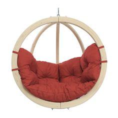 un fauteuil boule suspendu pour noël