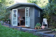 Looking for inspiration to get the Office Cottage re-do started
