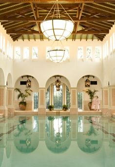 How can you go wrong with arches on a pool