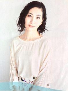 坂本真綾 Maaya Sakamoto, Bell Sleeve Top, Holy Family, Women, Fashion, Composers, Singers, Moda, Sagrada Familia