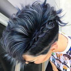 New hair color short blue dyes Ideas Haircut And Color, Grunge Hair, Short Hair Cuts, Short Pixie, Pixie Cuts, Hair Today, Hair Dos, Blue Hair, Pretty Hairstyles