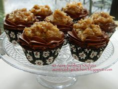 Aunt Nubby's Kitchen: German Chocolate Cupcakes