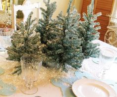 Christmas in the Dining Room   Home Decor News