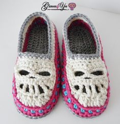 """THIS LISTING IS FOR A PATTERN ONLY; NOT A FINISHED PRODUCT  The Glamour Skull Slipper Shoes - Women Sizes are super soft & comfy, with a double sole. The Toe (where the Skull's Teeth are) are open to allow your feet to breath. The color combinations are endless!! Pattern has Adult Women Sizes: 3/4 – Length 8.5""""   5/6 – Length 9""""   7/8 – Length 9.5""""   9/10 – Length 10""""   11/12 – Length 10.5""""   Skill level: Intermediate/Advanced  Written in American English crochet terms  Basic needs for Patt…"""