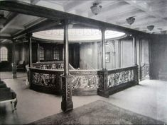 RMS Olympic's Aft Grand Staircase, and RMS Titanic's Aft Grand Staircase in Titanic: Honor and Glory. Rms Titanic, Titanic Sinking, Titanic History, Titanic Photos, Belfast, Liverpool, Titanic Artifacts, Titanic Survivors, Sink In