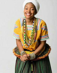 Tsonga maiden - beautifulllllllll Tsonga Traditional Dresses, Traditional Outfits, Traditional Weddings, African Attire, African Dress, African Fashion Ankara, African Style, African Traditional Wear, African Wedding Dress