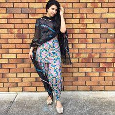 Patiala Salwar Suits, Salwar Suits Party Wear, Shalwar Kameez, Designer Punjabi Suits, Salwar Designs, Beauty Full Girl, Indian Wear, Asian Fashion, Street Style