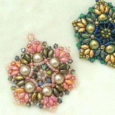 Solid Gold Heart Diamond Necklace/ Heart Shaped Diamond Pendant in Gold/ Pave Heart Necklace/ Love Pendant/ Heart Charm - Fine Jewelry Ideas Beaded Earrings, Beaded Jewelry, Beaded Necklaces, Handmade Necklaces, Jewelry Findings, Jewelry Gifts, Fine Jewelry, Jewelry Making, Jewelry Ideas