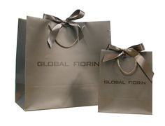 http://www.freewtc.com/images/products/paper_shopping_bag_29_20471.jpg