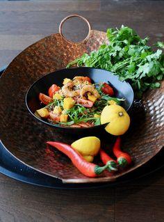 Kitchen Table Mozzarella, Serving Bowls, Tableware, Kitchen, Food, Dinnerware, Cooking, Tablewares, Kitchens