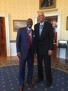 12 NBA championships, 11 MVPs, 33 All-Star appearances, 70,679 points Michael Jordan & Kareem Abdul-Jabbar! #PresidentalMedalOfFreedom