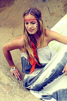 Hippie at Heart on We Heart It - http://weheartit.com/entry/50611360/via/.   Love the dress
