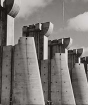 [写真]「フォートペック・ダム モンタナ州」 アメリカ 1936年 Images by Margaret Bourke-White © Time Inc. All rights reserved.