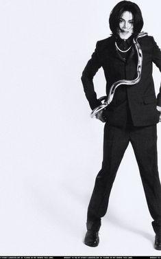 Michael Jackson 2007 Vogue | Michael Jackson AND A SANKE