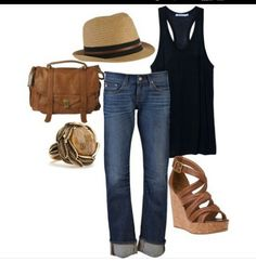 Casual beach vacation outfit