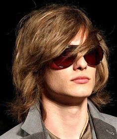 Trendy long hairstyles for men