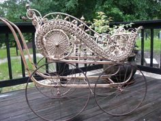 Antique Wicker Baby Carriage / Gendron  Heywood  Wakefield Style / Pram  PennyLaneTreasures wow what a find to restore, or use as a display for business. i always wanted to make one lol