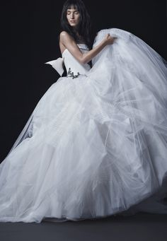 Wedding Dresses, Bridal Gowns by Vera Wang | Fall 2016