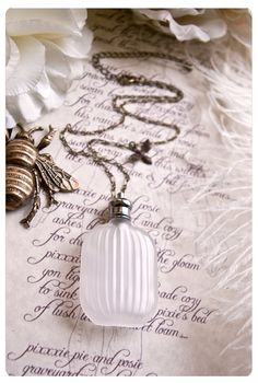 the andromeda frost perfume pendant – natural perfume/cologne oil held captive in winter-frosted perfume pendant – over 60 aroma options