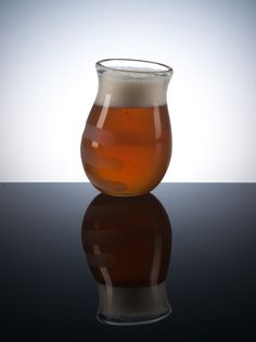 Hand Blown Hoppy Beer Glass by PretentiousBeerGlass...perfect for the many amazing IPA's of Terrapin!
