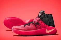 Nike's Upcoming Kyrie 2 Helps Kyrie Irving Defy the Laws of Physics Zapatillas Nike Basketball, Basketball Sneakers, Adidas Sneakers, Shoes Sneakers, Black Sneakers, Vintage Nike, Zapatillas Kyrie Irving, Xavier Basketball, Basketball Camps