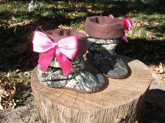 Baby Girl  Camo, baby boots, baby booties, baby shoes, baby slippers, pink bow, Mossy Oak fabric. $24.50, via Etsy.
