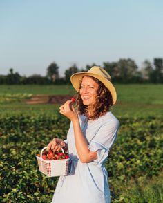 Strawberry Picking - Kingston Ontario - Fruition Berry Farms