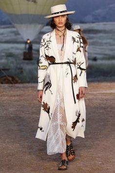 Christian Dior resort 2018 -Vogue Australia